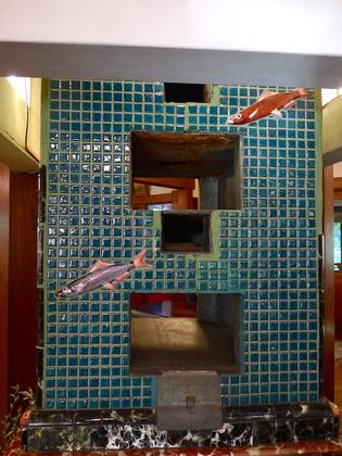 富士屋本館4マジックルーム暖炉2.jpg