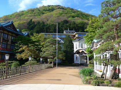 富士屋本館5外観浅間山.jpg