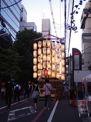 祇園6橋辨慶山1.jpg